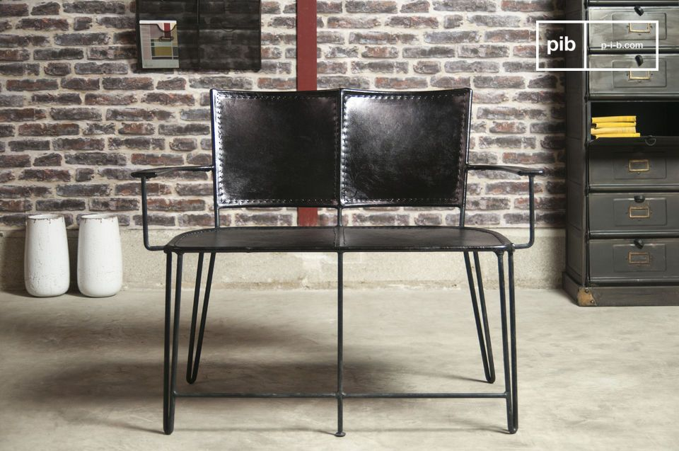 Italia double armchair - A leather bench, sober and robust ...