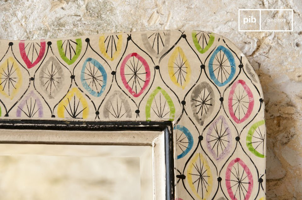 With a height of this item being more than a meter, it can be used as a focal point in your room