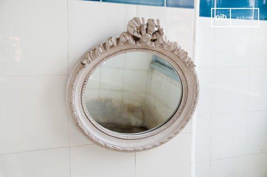 Justine mirror