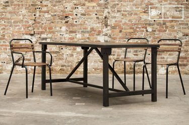Kerizel dining table
