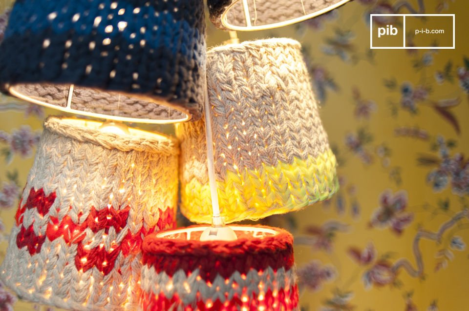 Five small hanging lamps for a pleasant ambience