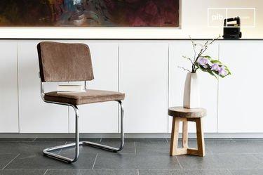 Krömart brown chair