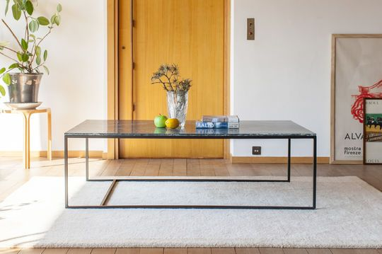 Large coffee table in green marble Avedore