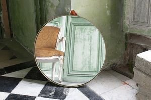 Large Goldstein round mirror