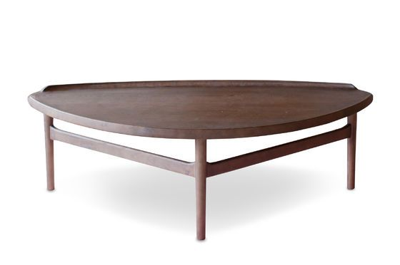 Large triangular coffee table Arne Clipped