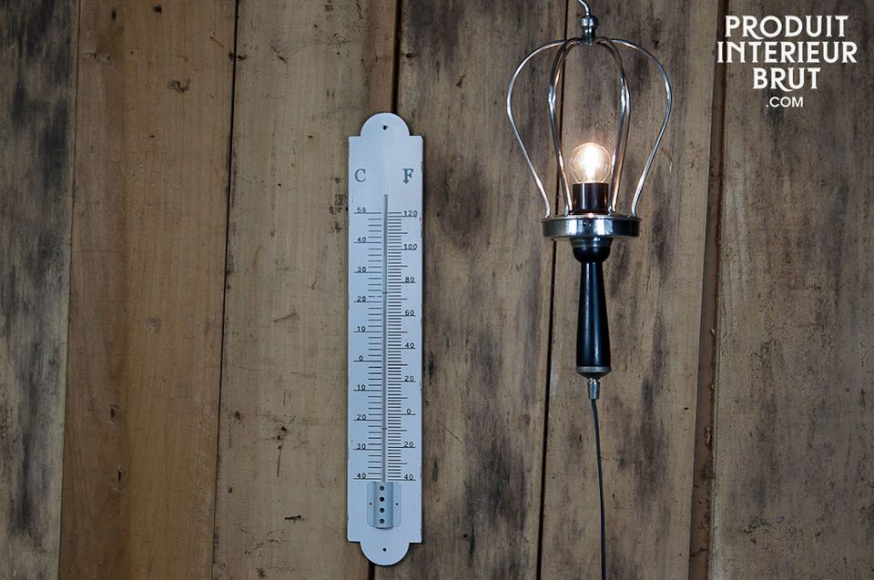 This large wall thermometer gives you a clear temperature reading and an authentic look thanks to