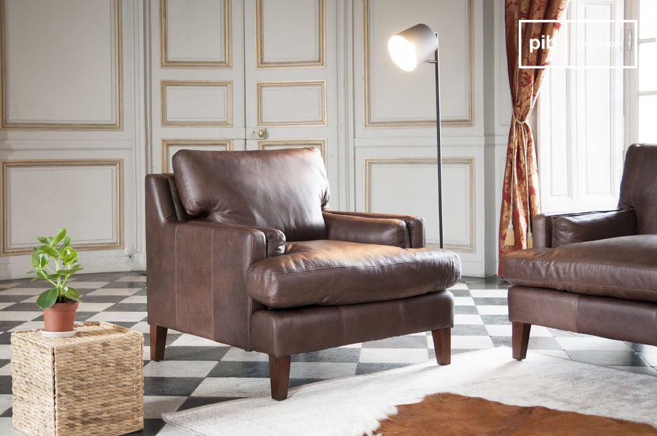 Leather armchair Sanary
