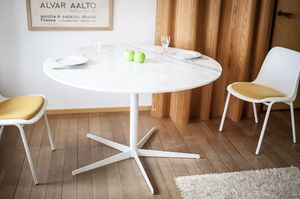 Lemvig white marble round table