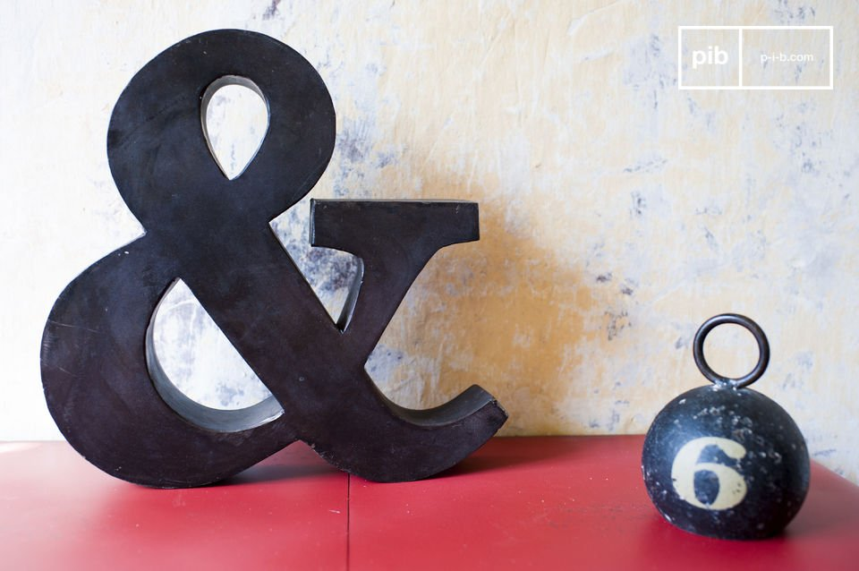 Little Ampersand