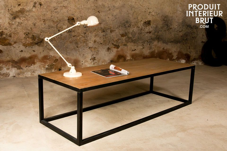 The Manhattan coffee table is a remarkable industrial style piece with its large-diameter square