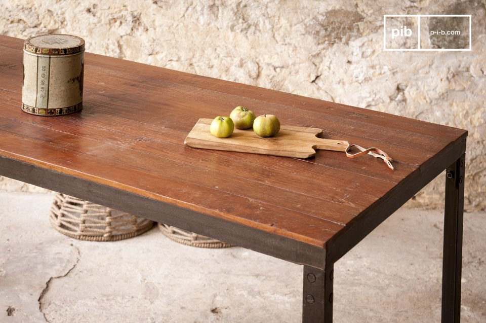 The table top of this cabinet is entirely made of old varnished teak, which has a light texture and a great style that connects industrial design with simple elegance