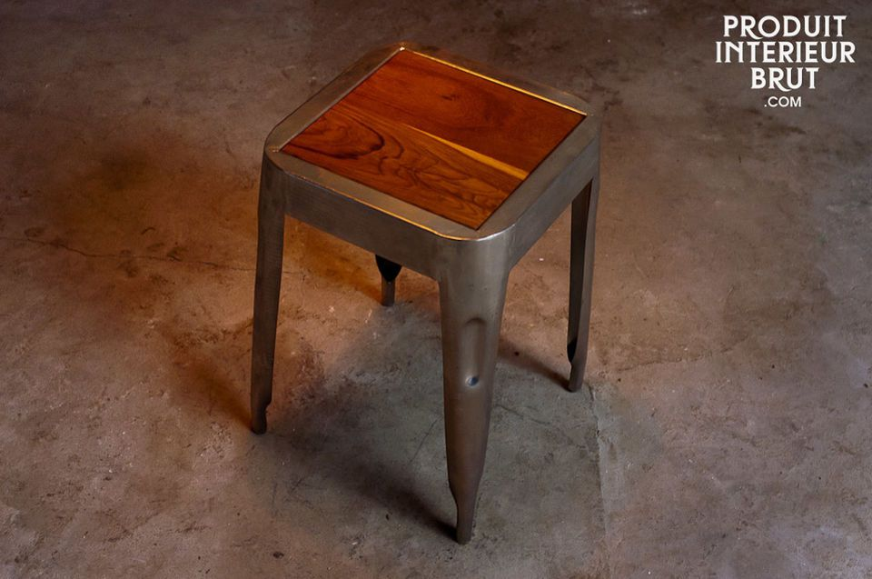 Metallic stool with teak seat
