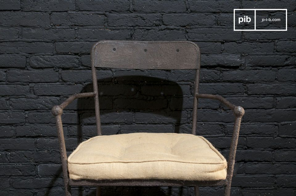 A sturdy metal chair with a stylish textured brown finish and great comfort