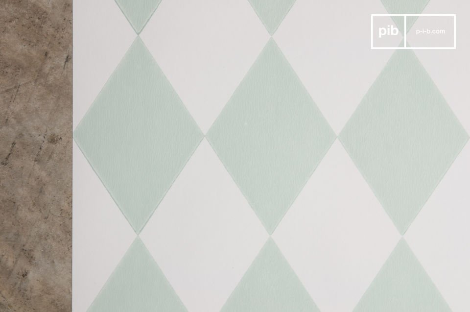 Soothing and enlighting diamond pattern