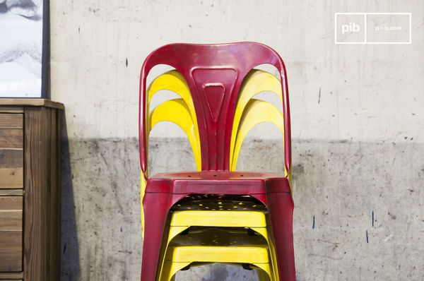 Multipls chair antique yellow
