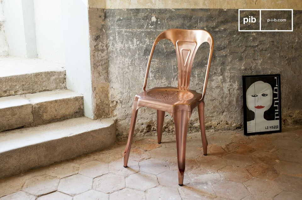 Opt for reissued design icon that was first made popular in the 1920?s with its copper finish