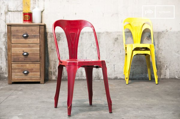 Industrial Red chair Multipl's
