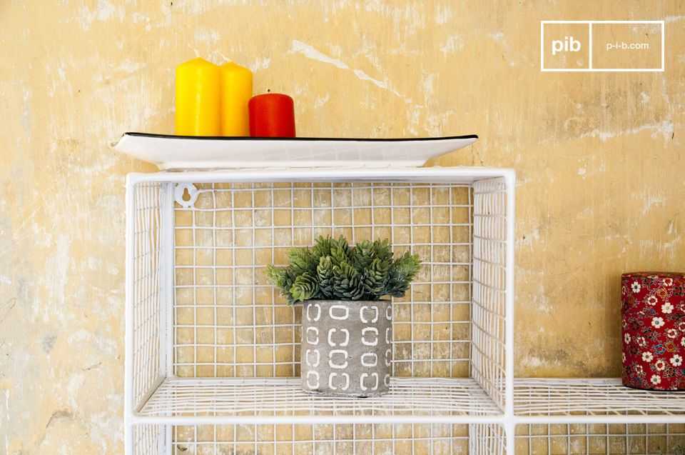A metal wall shelf that can find its place in any room