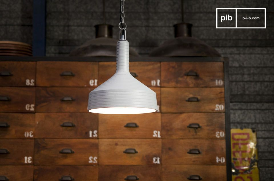 A lamp with a subtle design and original lines