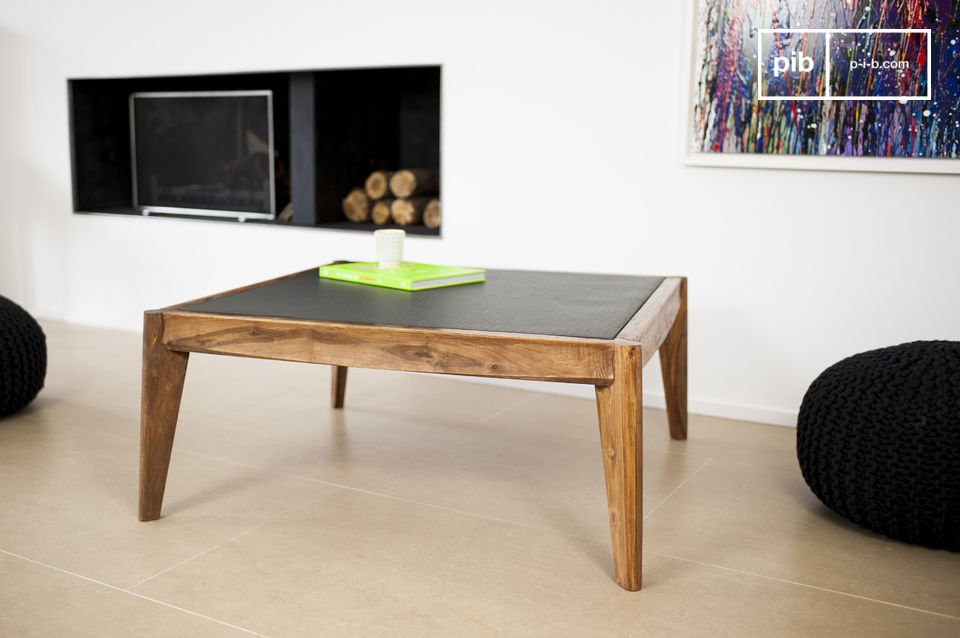 Naröd Coffee Table