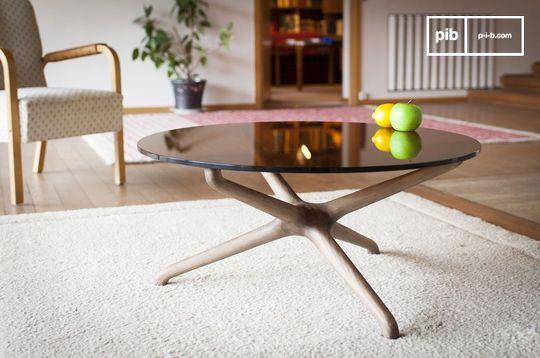 Nodern glass coffee table