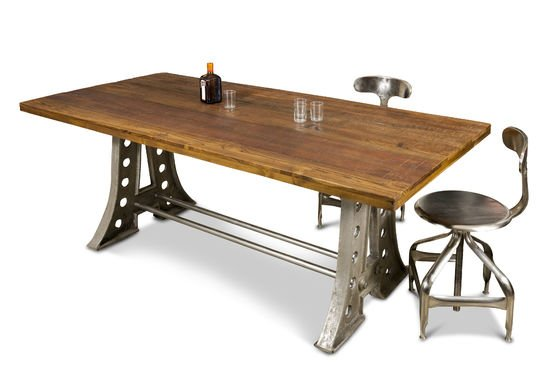 Normandy dining table Clipped