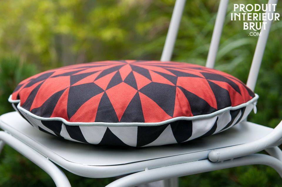 Norway round red cushion