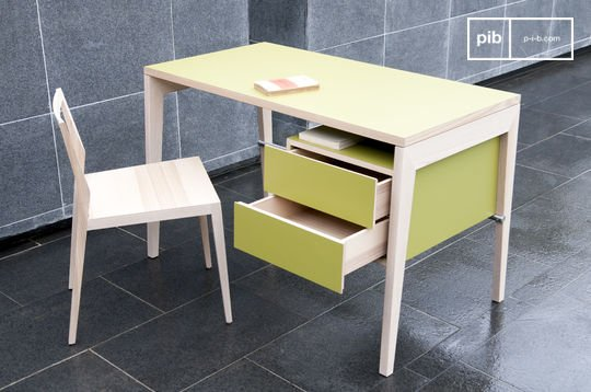 Nöten desk with drawers