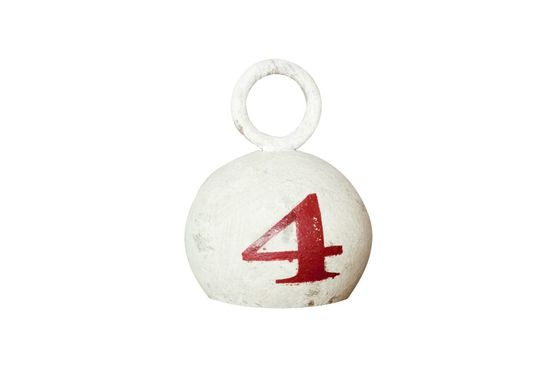 Number 4 white weight Clipped
