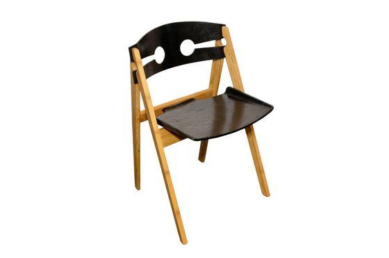 Numéro 1 black chair Clipped