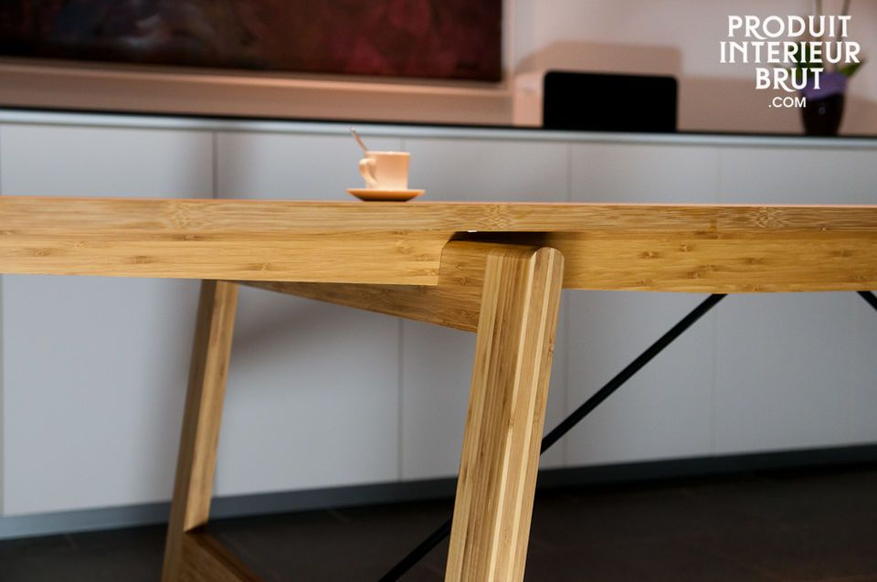 This table allies elegance