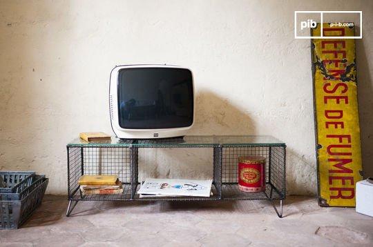 Ontario TV console