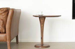 Piwy monopod occasional table