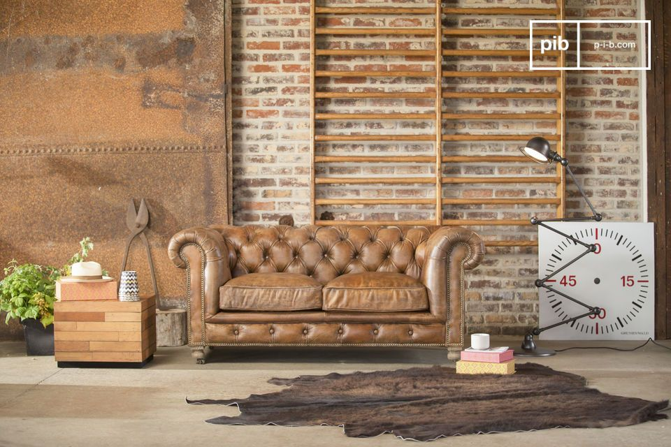 Enjoy an English club atmosphere with this Chesterfield Saint Paul sofa