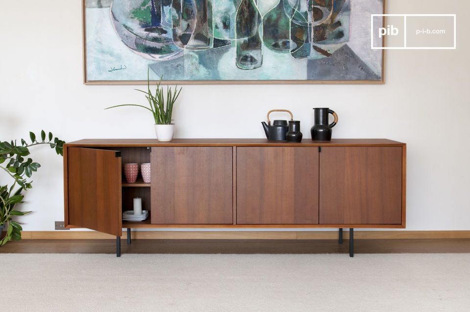 On the visual side, magnificent bevelled finishes at the four outside corners of the furniture