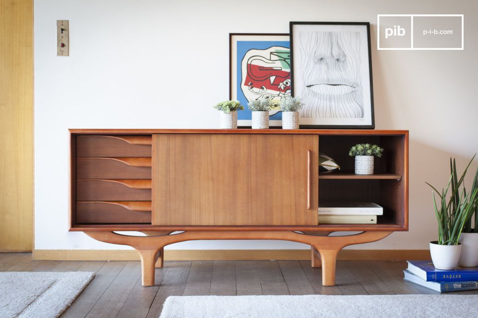 An all-wooden buffet with vintage Scandinavian lines in curves and counter-curves