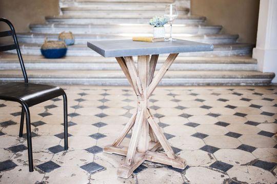 Sépia Table