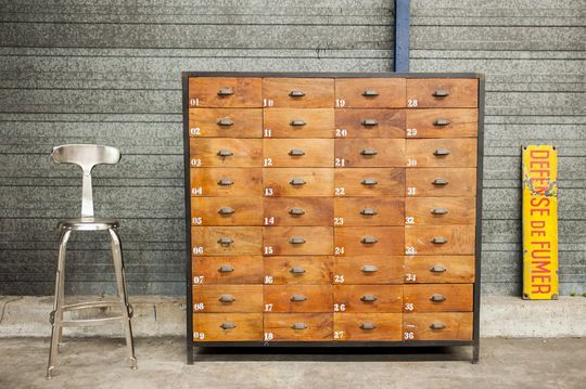 Shawinigan chest of drawers