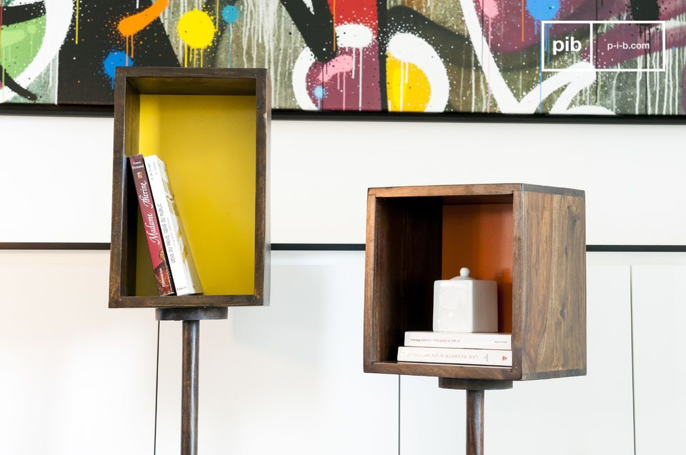This storage piece made of wood is perfect for presenting your favourite objects in the proper light