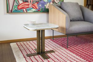Side table Carrera