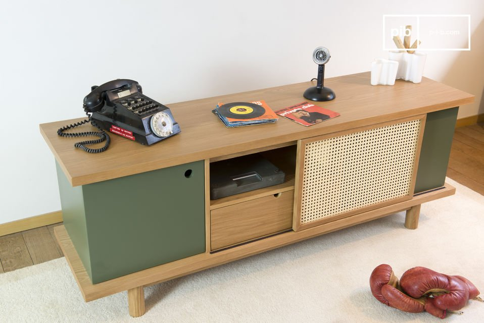 This sideboard Tammea is made out of oak wood