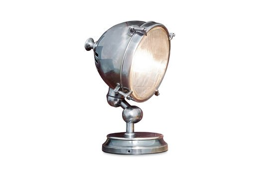 Silver-plated lamp Clipped