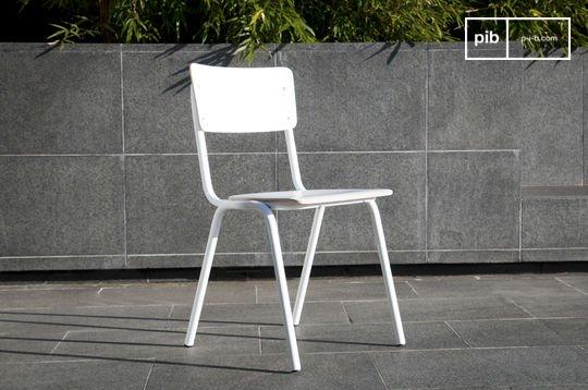 Skole white chair