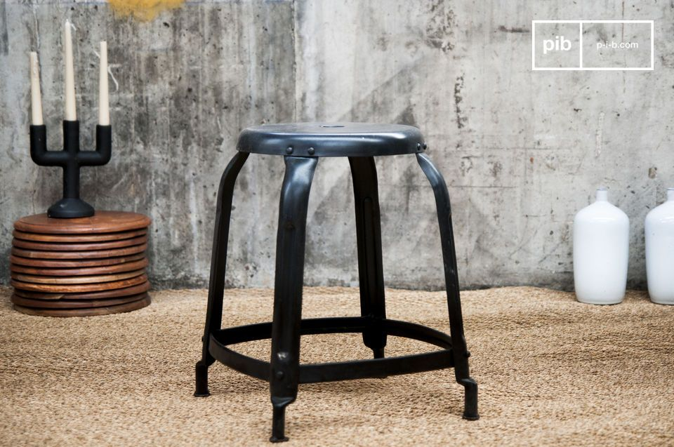Studio Stool matt black with rivets