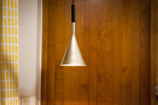 Suspended luminaire Bob gold finish