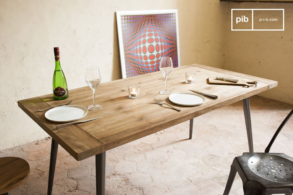 The table Limor is a large piece of furniture that seduces the eye of the beholder with its raw