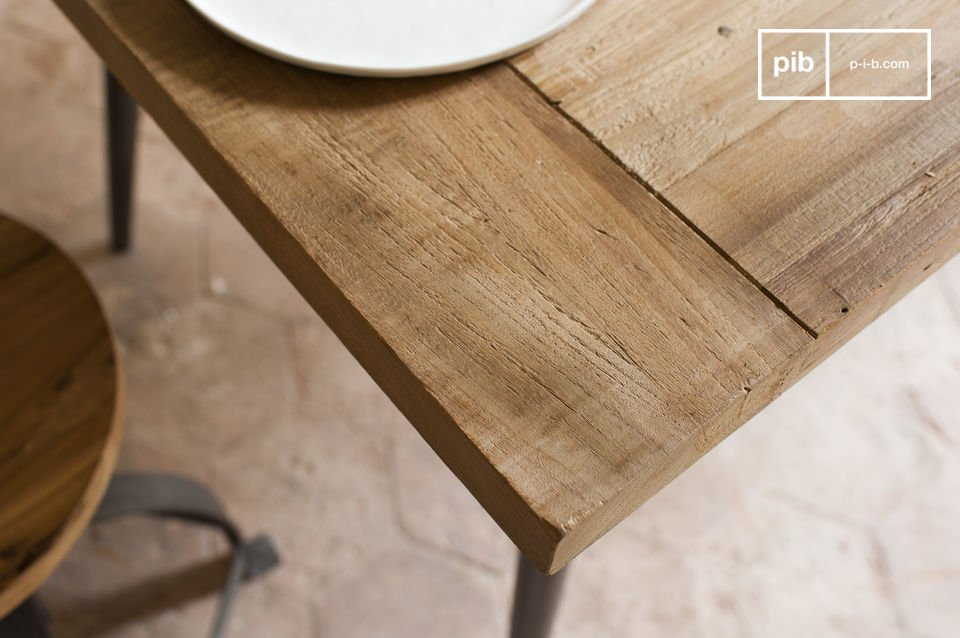 A table in an overwhelming Industrial Style
