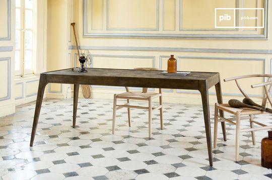 Tabüto Table