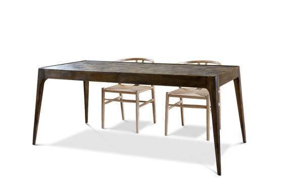 Tabüto Table Clipped