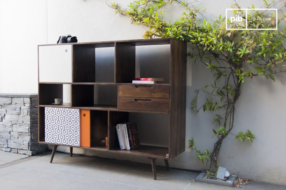 Scandinavian aesthetics of the 50s and plenty of storage space